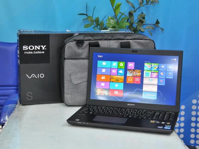 Sony VaiO SVS15125CHB Intel Core i5-3210M 2.50GHz.