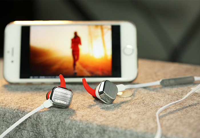 Magnet Sports Bluetooth Headset