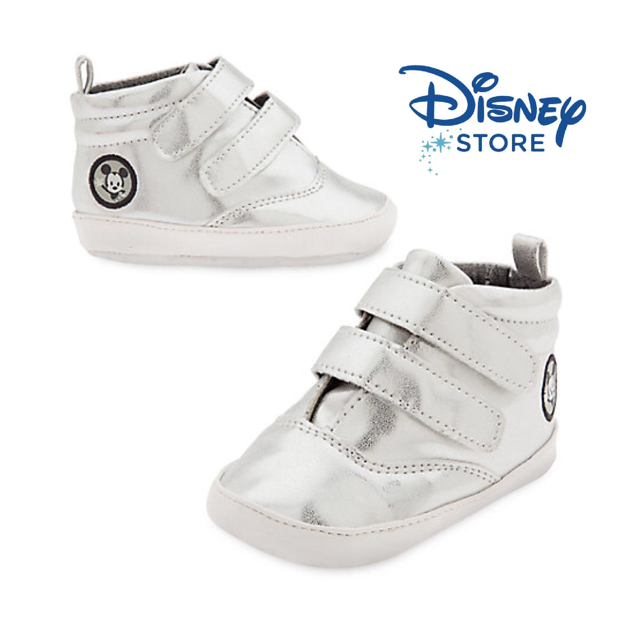รองเท้าหุ้มส้นสุดฮิปสำหรับเด็กเล็ก Disney Crib Shoes for Baby Mickey Mouse (Silver)