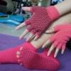 ถุงมือ ถุงเท้าโยคะ กันลื่น YKSM50-2