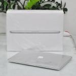 MacBook Pro 15-inch Retina Intel Quad-Core i7 2.2GHz. Ram 16. SSD 256GB. Mid 2014. New