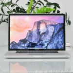MacBookPro 17-inch Intel Core i5 2.53GHz RAM 4 GB HDD 500 GB Mid 2010