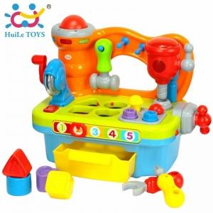 โต๊ะอุปกรณ์นักประดิษฐ์ตัวน้อย Huile Toys Little Artisan Game Workshop