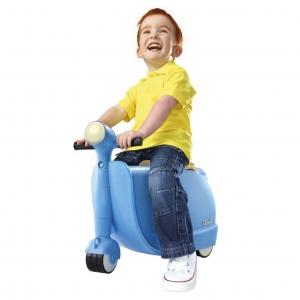 กระเป๋าเดินทางขับขี่ได้สำหรับเด็ก Skoot Children's Ride-On Suitcase (Sky Blue)