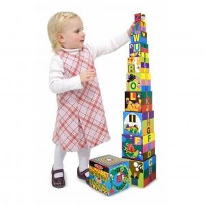 ชุดกล่องกิจกรรมเรียงตั้งสุดน่ารัก Melissa & Doug Nesting & Stacking Blocks (Alphabet)