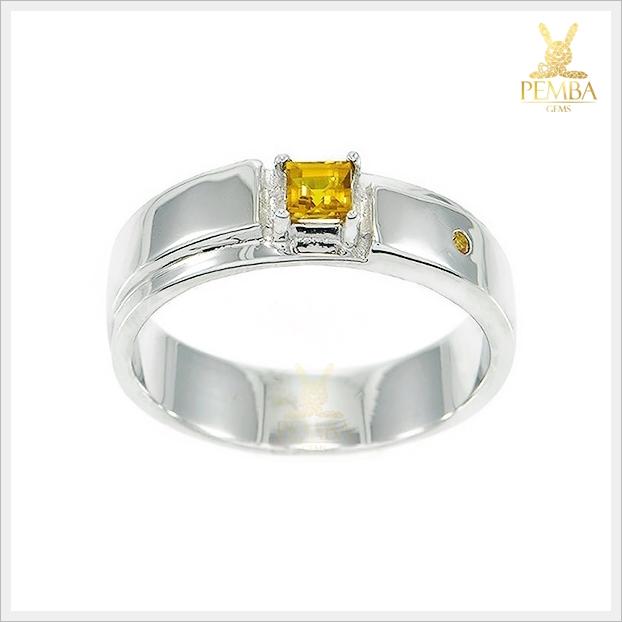 แหวนบุษราคัมแท้ ทรงสี่เหลี่ยม อัญมณีสีเหลืองใสสด