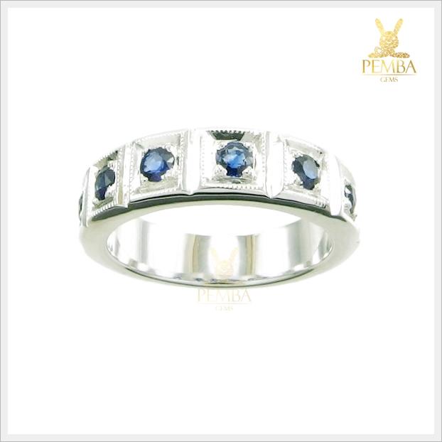 แหวนไพลินแท้ สวยเก๋ เพิ่มความมั่นใจ