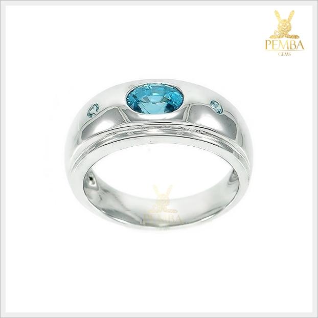 แหวนเพทายแท้ สีฟ้าสดใส ประกายเพชร