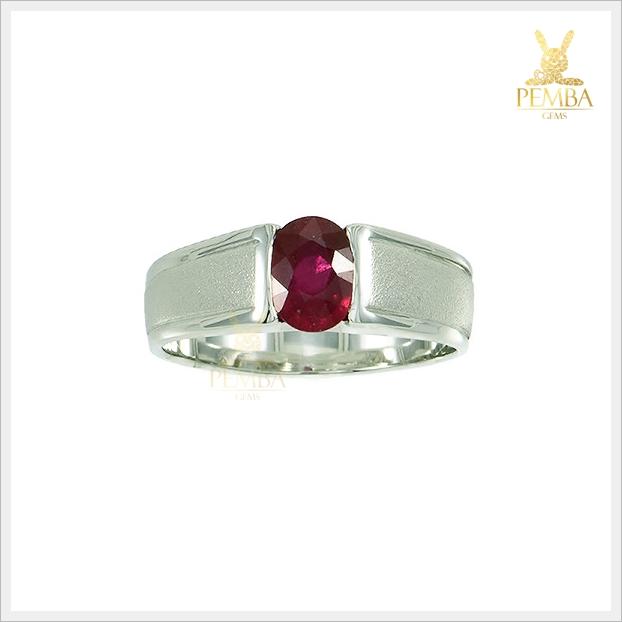 แหวนทับทิมแท้ สีแดงเลือดนก เงินแท้ชุบทองคำขาว