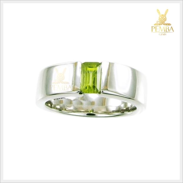 แหวนเพริดอต แหวนพลอยเพริดอต เรียบๆ แต่มีสไตล์