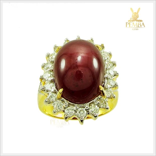 แหวนทับทิมหลังเบี้ย ทองแท้ ล้อมเพชรแท้อย่างสวยงาม(สามารถสั่งทำได้ค่ะ)