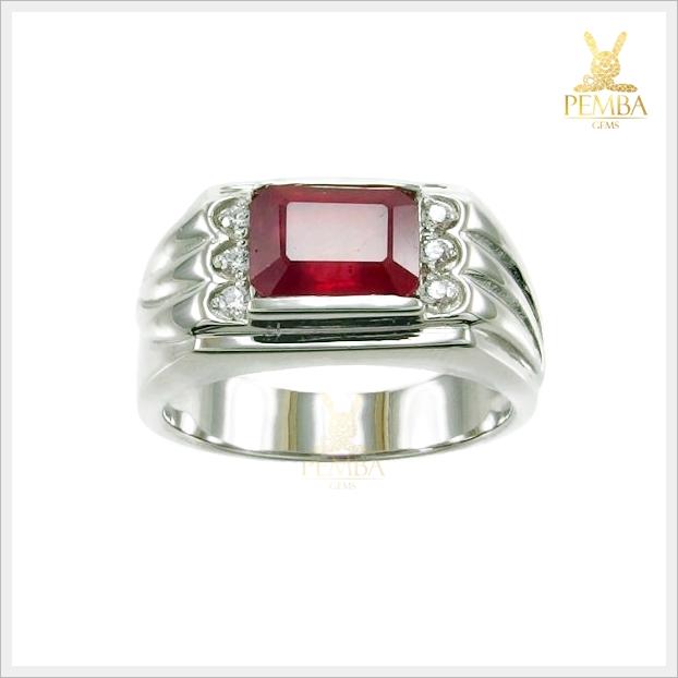 แหวนทับทิมแท้ แหวนพลอยทับทิม สีเลือดนก
