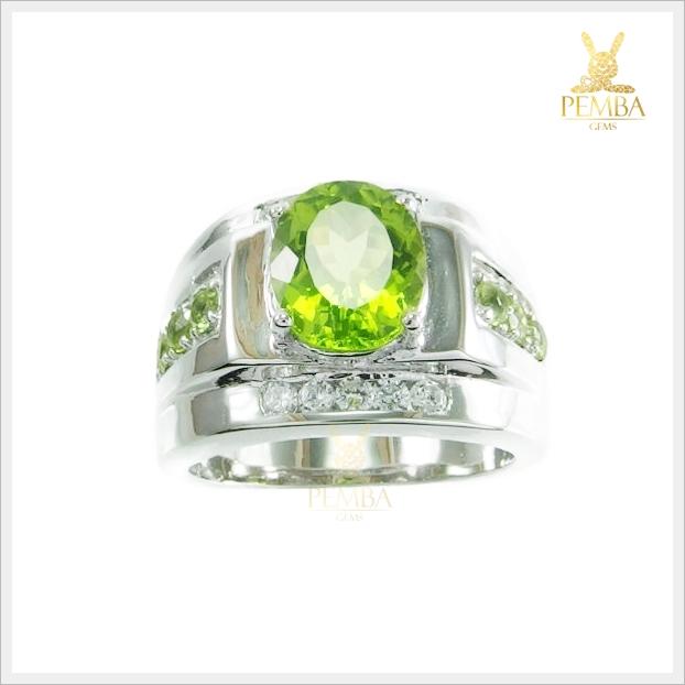 แหวนเพริดอตแท้ สีเขียวสด เงินแท้