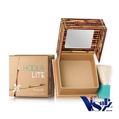 Benefit Hoola Lite Light Powder Bronzer 9g บรอนเซอร์เนื้อแมทในเฉดสีอ่อนที่มาพร้อมเนื้อเนียนสวย เบลนด์ง่าย เหมาะสำหรับสาวผิวขาวเพื่อช่วยสร้างมิติให้ใบหน้าได้อย่างดูเป็นธรรมชาติ