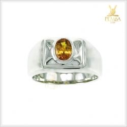 แหวนบุษราคัมแท้ สีเหลืองทอง ใส่ติดนิ้วอย่างมีสไตล์