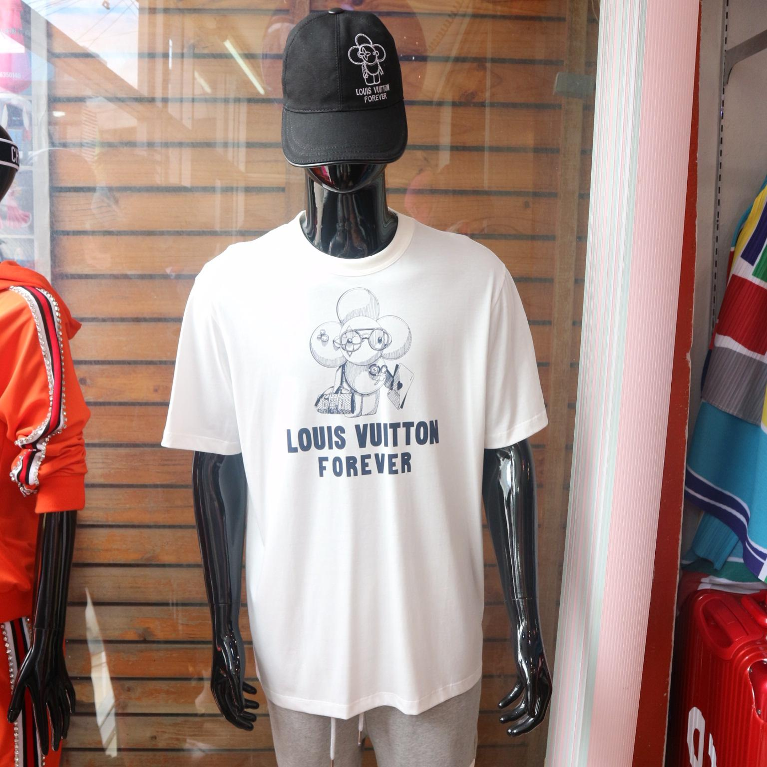 d57aa78b5efd เสื้อยืดLouis Vuitton Vivienne Forever Limited Edition T-shirt Tee Shirt